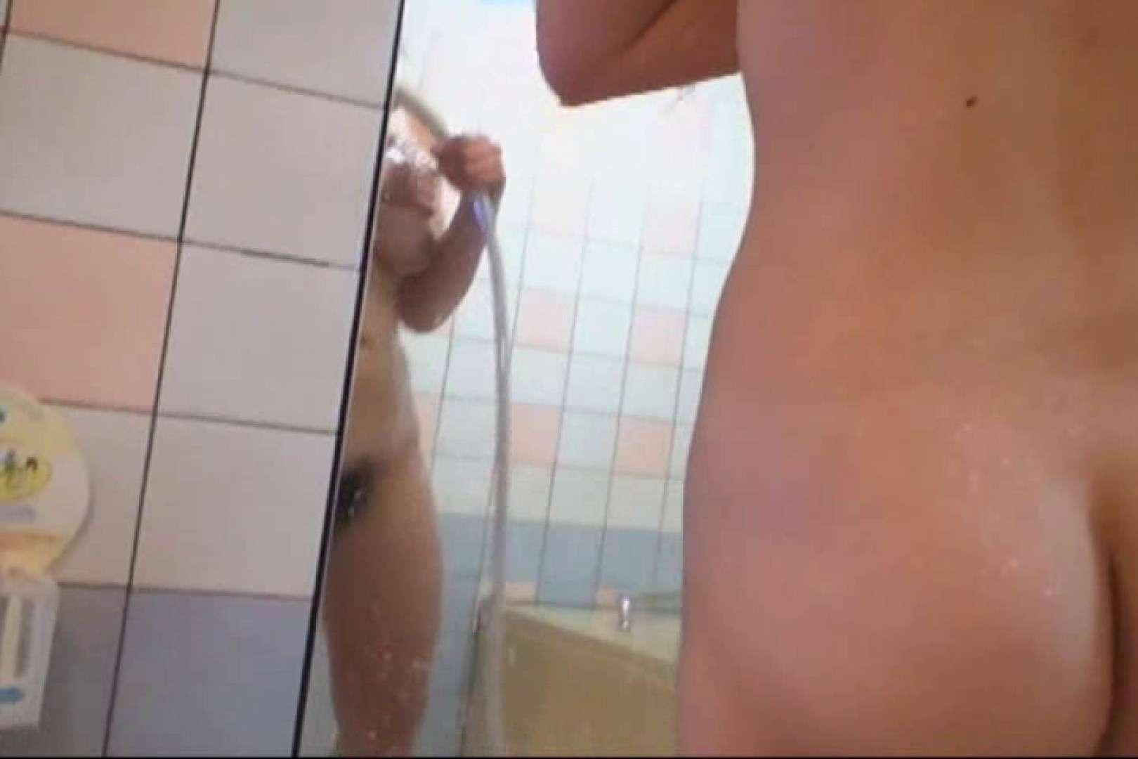 19歳巨乳嬢のハメ撮り 巨乳   シャワー  39pic 39