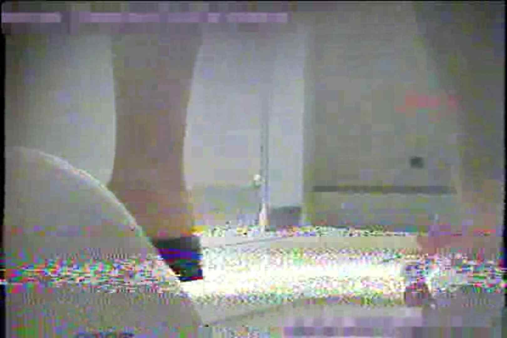 2点盗撮洗面所潜入レポートVol.1 洗面所 | 盗撮  44pic 43
